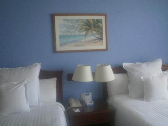 Barcelo Tucancun Beach: One of our groups rooms August 2012