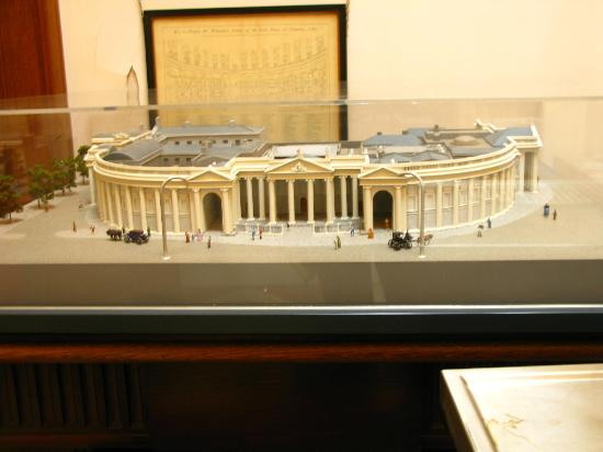 Bank of Ireland : Model of the building.