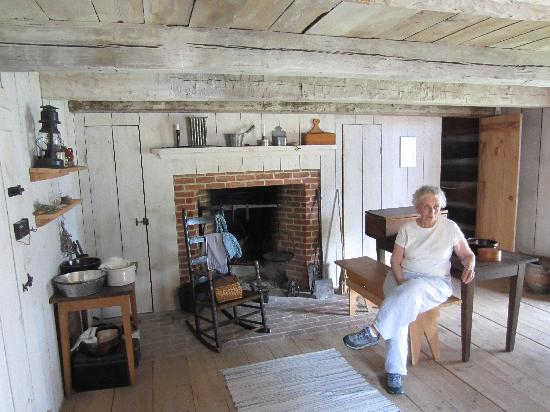 Heritage Village Of The Southern Finger Lakes: One Room Cabin