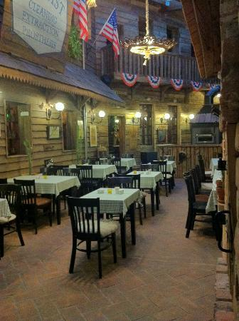 Papa Joe's Saloon & Steakhouse : What we are