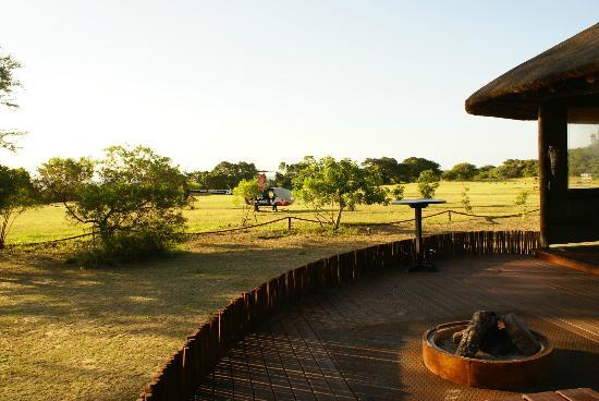 ‪‪Amorello Bush Golf Lodge‬: Sunset deck