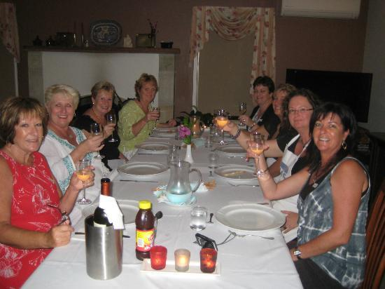 Villa Cavour Bed and Breakfast: Dinner and wine after cooking class