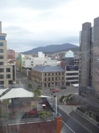 โรงแรมคอลลินส์: HC View from window