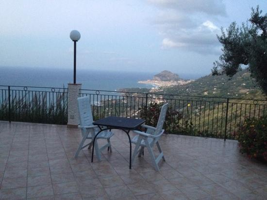 Atlantide Bed & Breakfast : vista sul golfo