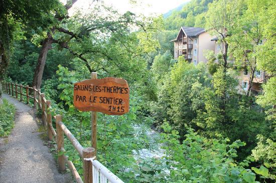 Sentier De Salins Les Thermes Photo De Brides Les Bains