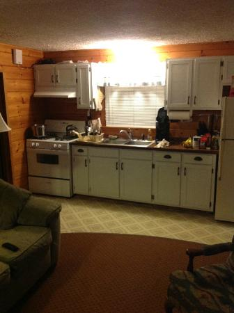 Trout House Village Resort: Kitchen
