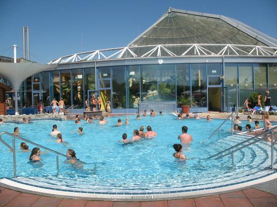 Erding, Deutschland: piscina esterna