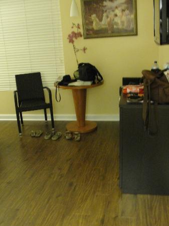 La Flora: Mesinha e cadeiras