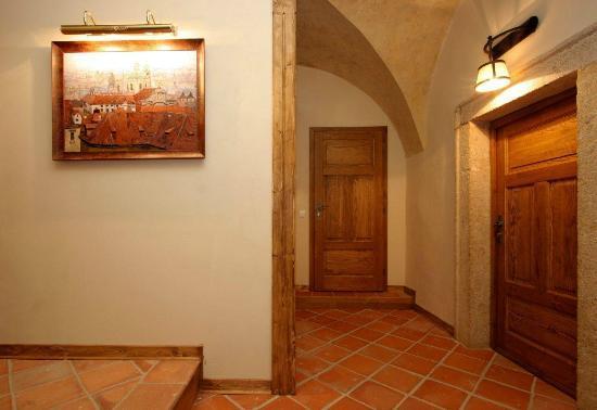 Residence Thunovska 19 : Simple and tastefully refurbished apartments