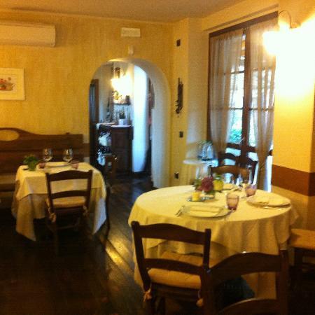 Ristorante la maison d 39 andre in varese con cucina italiana for Andre maurois la maison
