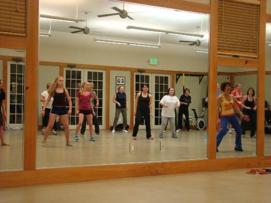 Fit Your Way : Rosemary Beach Fitness Class