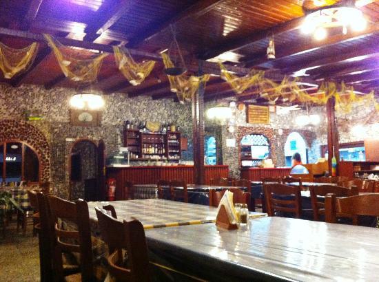 Galini Taverna: TAVERNE GALINI SANTORIN MONOLITHOS
