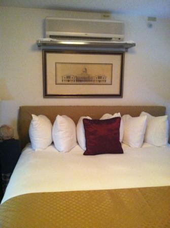 Hotel Brexton: Comfy bed!