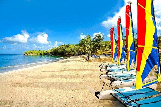 Photo 17 Almond Morgan Bay Beach Resort