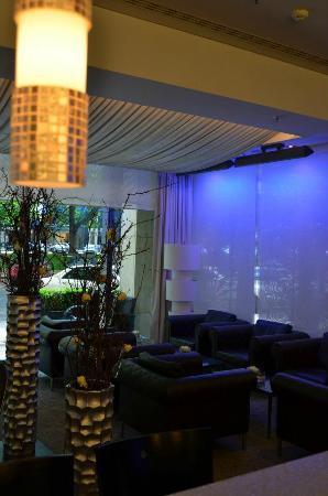 ZiN-ZiN: Lounge 2