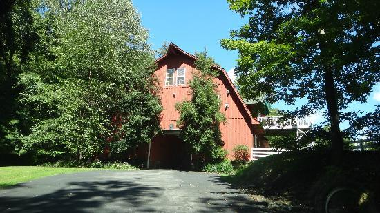 Whitestone Country Inn: The Entrance Barn