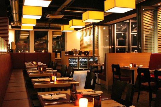 Heiner's: Restaurant
