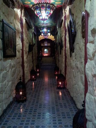 Dar Naji: l'entrée du restau