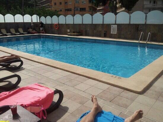 Foto de mediterranean bay hotel s 39 arenal cascada de for Follando en la piscina del hotel