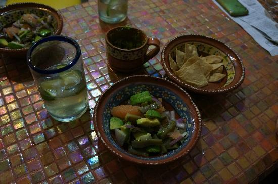 Tamarindo Bed and Breakfast: Petit repas typique
