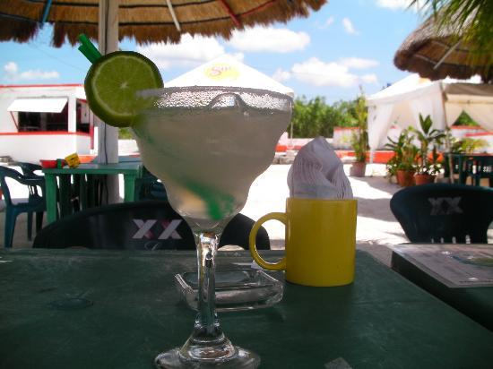 Tamarindo Bed and Breakfast: Una margarita !!!