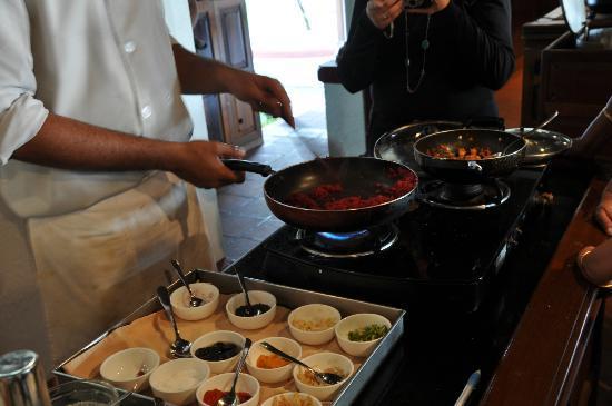 โคโคนัท ลากูน: Cooking demonstration