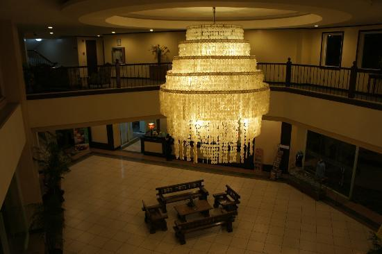 Vista Marina Hotel and Resort: lobby