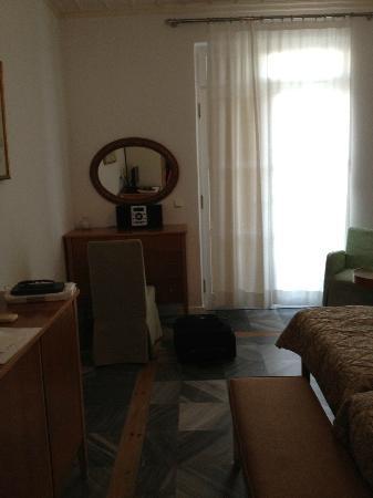 Hotel Dorion: Room