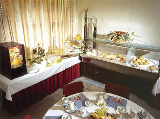 Cityhotel Kurfuerst: Breakfast buffet