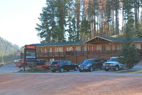 Mountain View Lodge & Cabins: View of Inn
