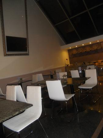 BEST WESTERN PLUS Hotel Ambra: breakfast area