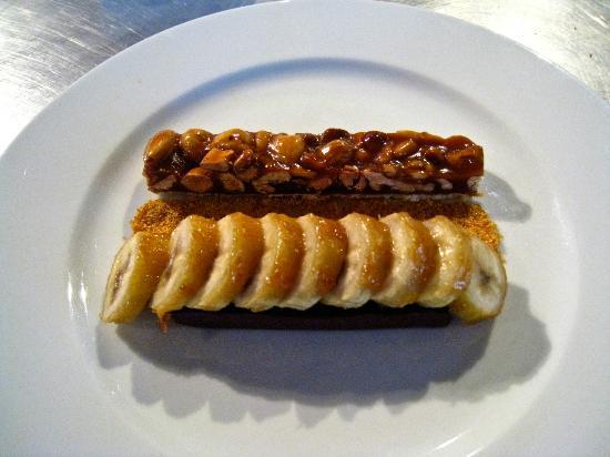 Dar Roumana: Chocolate ganache, caramelized banana, nut tart and sesame praline