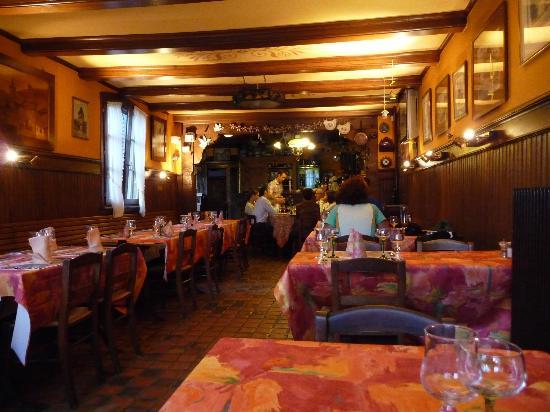 Hotel Dontenville : La salle de restaurant
