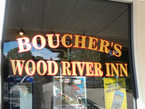 Boucher's Wood River Inn: Good times at the Wood River Inn