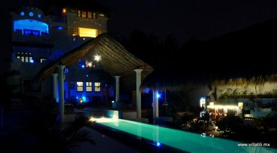 Villa Lili at night relaxing time