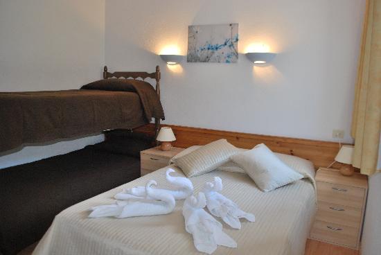 Hotel Roc de Sant Miquel: Family room