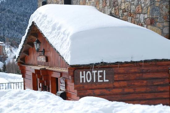 Hotel Roc de Sant Miquel: Snowy