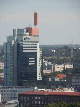 Radisson Blu Sky Hotel: View of the hotel, as seen from the Old Town