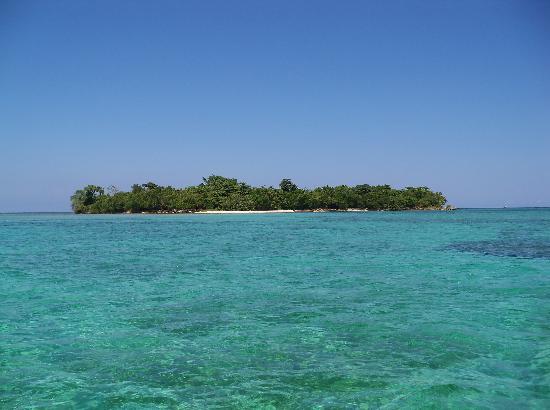 Booby Cay Island 사진