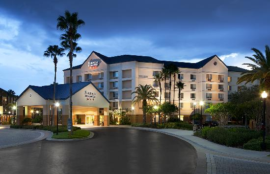 Fairfield Inn Amp Suites Orlando Lake Buena Vista In The