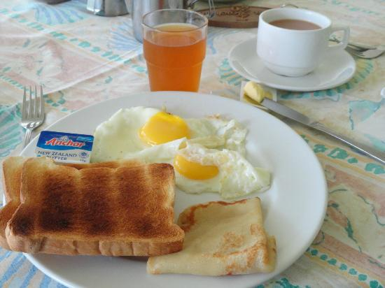 Palm Beach Hotel: breakfast