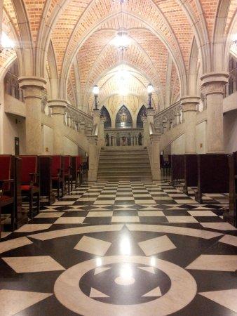 Catedral da Sé de São Paulo : Inside the Crypt of the Cathedral