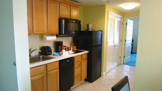 Atlantis - Harborside Resort: Kitchenette