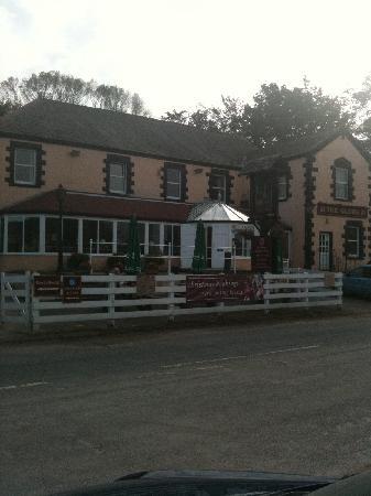 Photo of Globe Hotel Overton