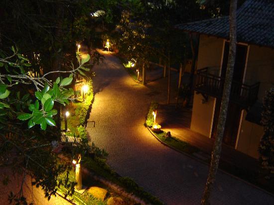 Dubai Bungalows : De noche, hermosas luces, máxima seguridad, un sueño.