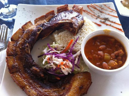 Olas y Arena Restaurant : chuletas kan kan