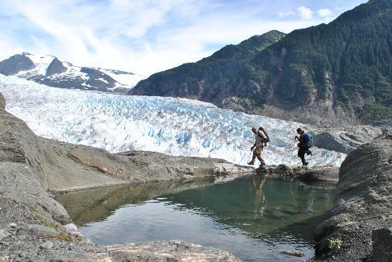Above & Beyond Alaska: caminando
