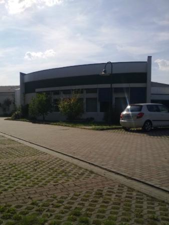 Seehotel Luisenhof: Hotelansicht v.Parkplatzt aus.Hotel geschlossen-10.9.12-