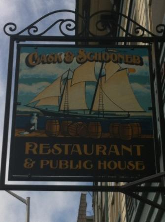 Cask and Schooner Public House & Restaurant: Cask & Schooner --YUM!