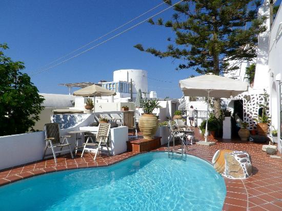Sofia Hotel Santorini : la petite piscine